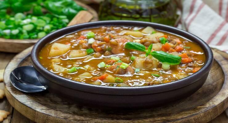 Фото к статье: Быстрый суп из бобовых