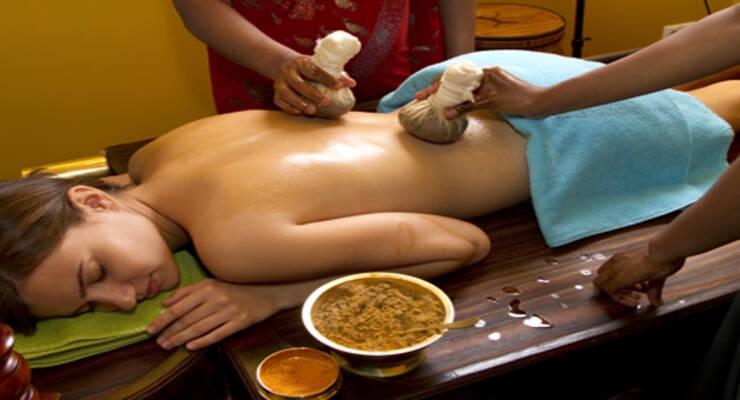 Фото к статье: Йога-тур в Индию: детокс-терапия и похудение с Аленой Мордовиной