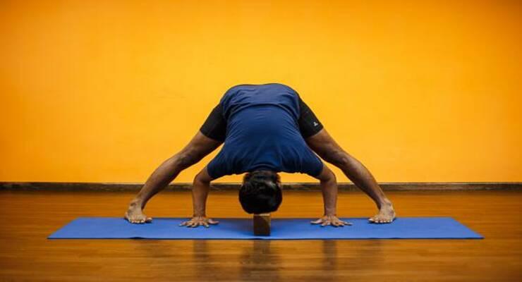 Фото к статье: Асаны йоги, которые избавят вас от проблем со сном. Часть II