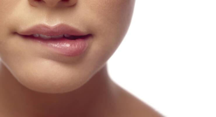 Фото к статье: Топ-5 натуральных бальзамов для губ