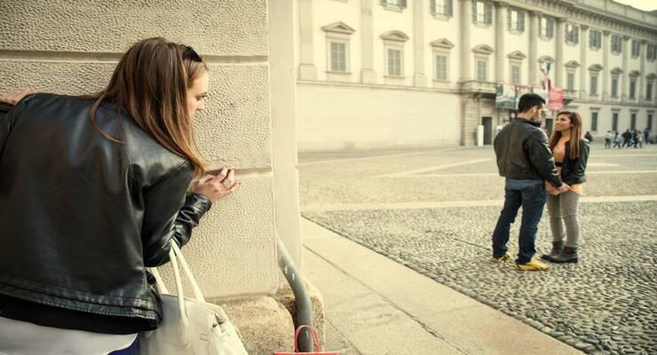 Фото к статье: Бывшая девушка вашего мужчины: что следует о ней знать
