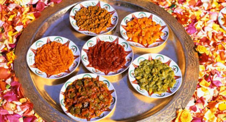 Фото к статье: Марроканская кухня: салат из полкило оливок