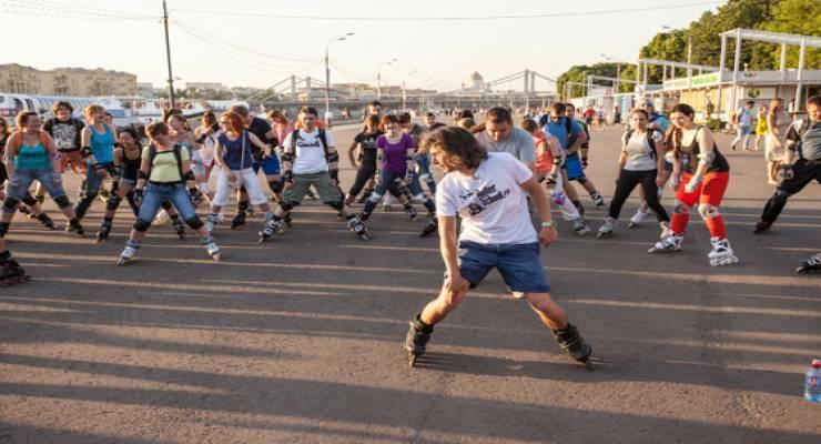 Фото к статье: Бесплатные уроки  в «Московской школе роллер-спорта»