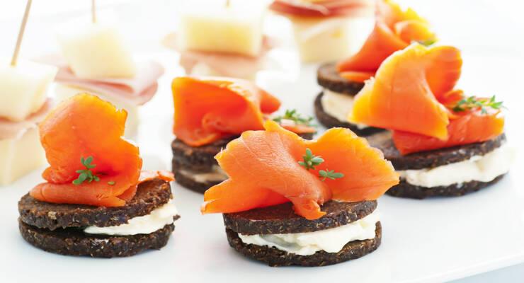 Фото к статье: Фингерфуды: простые рецепты закусок, которые едят руками. Часть 1