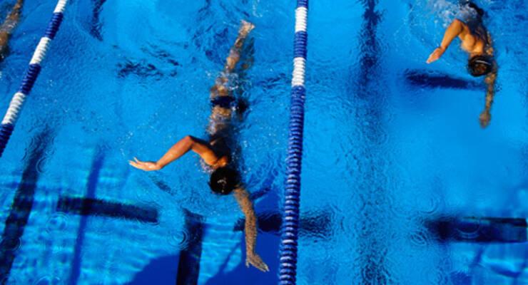 Фото к статье: Как Рави Кумар Довлуру учился плавать