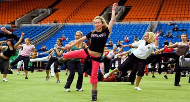 Фото к статье: Танцы на фитнес-конвенции