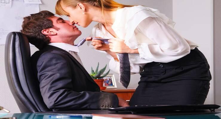 Фото к статье: Супруги на работе: как выстраивать отношения, если вы коллеги?