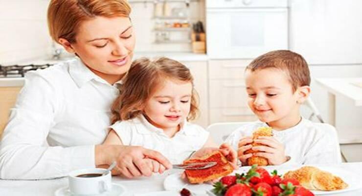 Фото к статье: Быстрый завтрак для школьников: рецепты от шеф-поваров