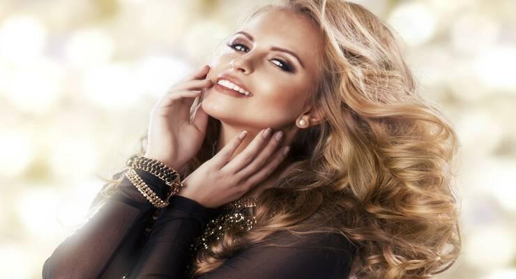 Фото к статье: Новогодний макияж: основные тенденции