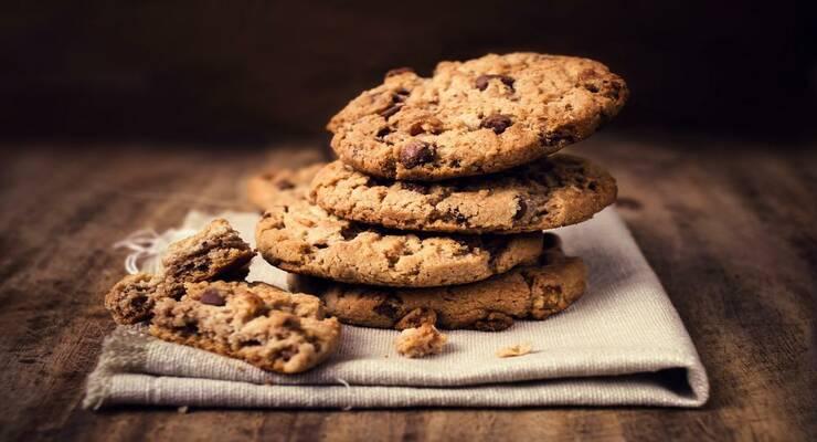Фото к статье: Полезные сладости: тягучее печенье с инжиром и финиками