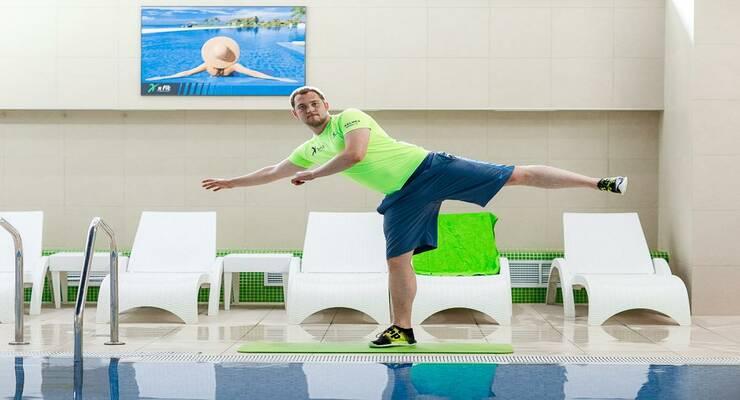 Фото к статье: Функциональная тренировка в воде:  прокачиваем пресс, ноги и руки
