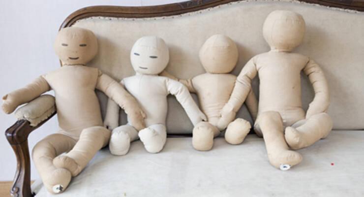 Фото к статье: Играть в куклы, чтобы изменить себя