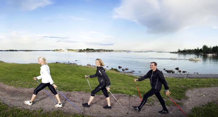Фото к статье: Скандинавская ходьба