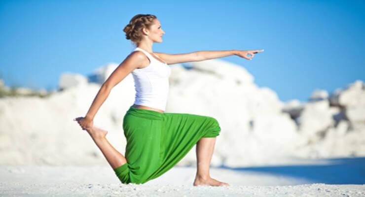 Фото к статье: Хатха-йога для начинающих: следим за положением ног