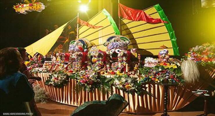 Фото к статье: В Москве прошел фестиваль ведической культуры Goloka Fest