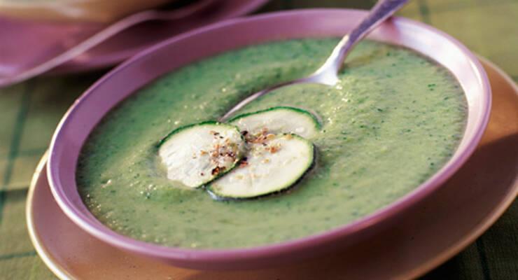 Фото к статье: «Хорошая еда». Кабачки: суп-пюре, оладьи и салат