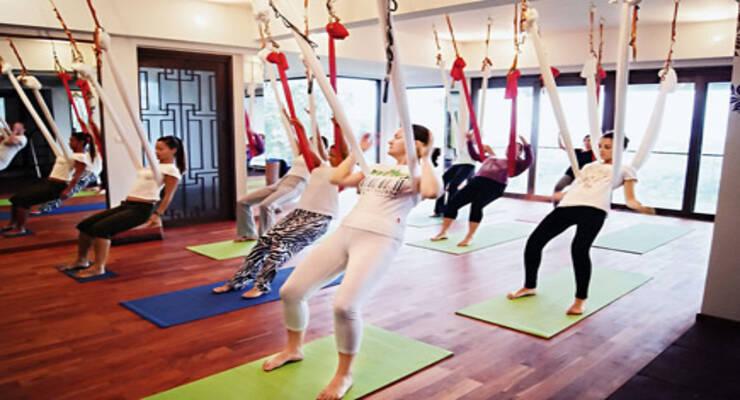 Фото к статье: «Воздушная йога в Таиланде»