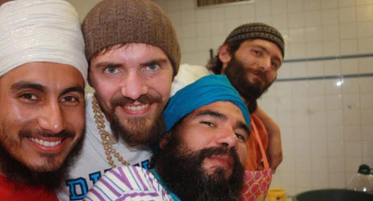 Фото к статье: Как Алексей Меркулов был поваром на йога-фестивале