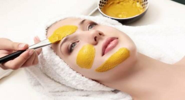 Фото к статье: Для тела, для доши: делаем маску для лица по аюрведе
