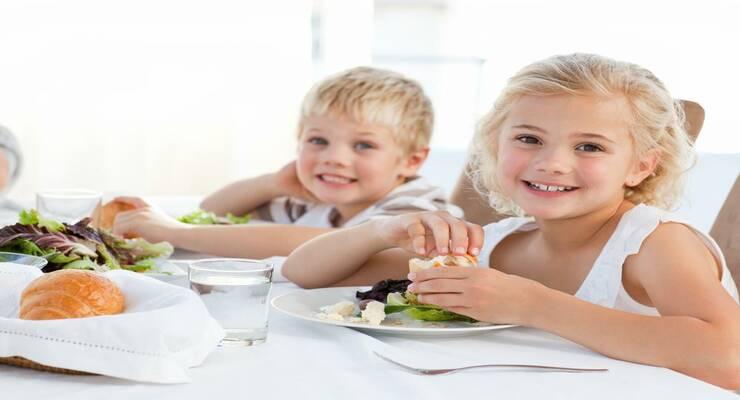 Фото к статье: Дети и здоровое питание: формируем полезные привычки