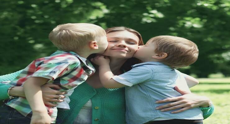 Фото к статье: Малышу ближе мама