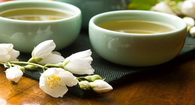 Фото к статье: Стоит ли пить зеленый чай для похудения?