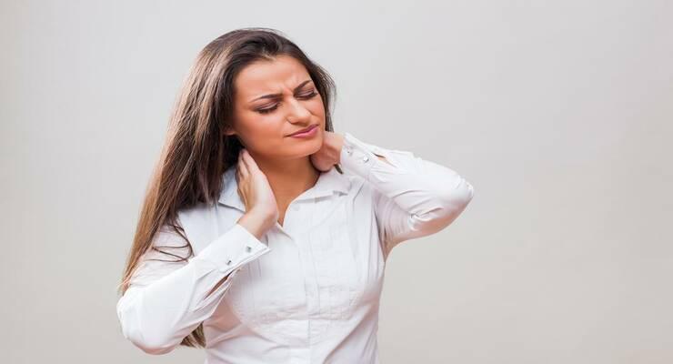 Фото к статье: 4 неожиданных причины боли в шеи