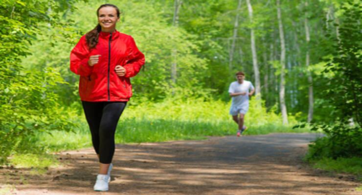 Фото к статье: О пользе ходьбы: как превратить прогулку в тренировку