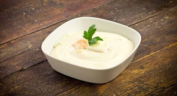Фото к статье: Белый соус с петрушкой