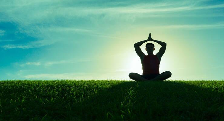 Фото к статье: Пранаяма: осваиваем базовые дыхательные техники (видео)