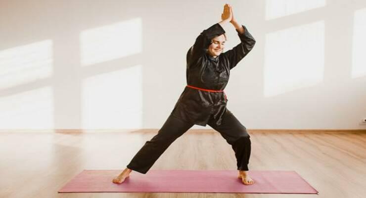 Фото к статье: 6 упражнений цигун, которые пригодятся вашей маме