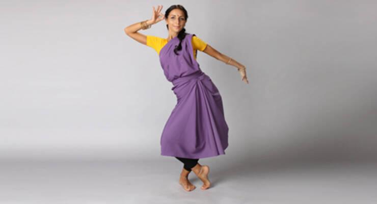 Фото к статье: Новый стиль индийского танца на «ЖИВИ!»