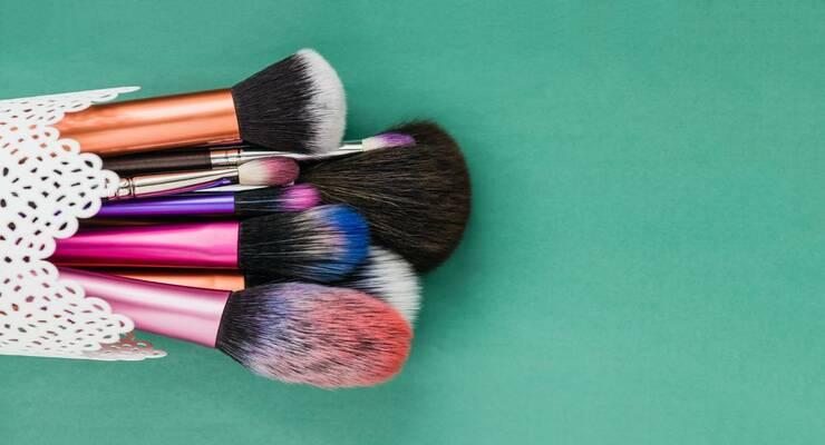 Фото к статье: Набор кистей для макияжа: сколько и зачем