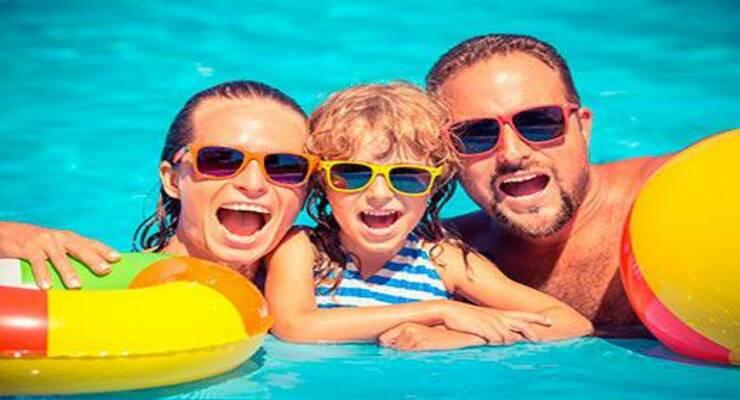 Фото к статье: Безопасный отдых с ребенком у воды