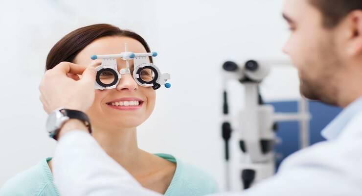 Фото к статье: Можно ли улучшить зрение с помощью гимнастики для глаз