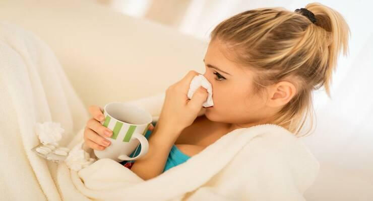 Фото к статье: Сезон простуд: 7 продуктов, которых стоит избегать, если вы болеете