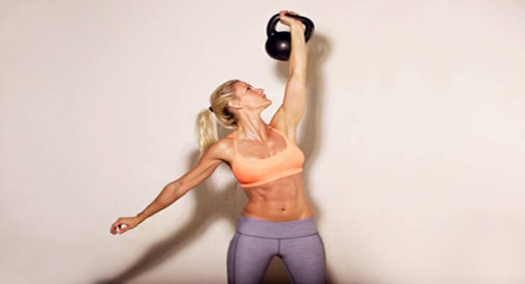 Фото к статье: Красивое тело за 20 минут в день: упражнения с гирей дома (ФОТО)