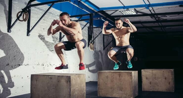 Фото к статье: Групповые тренировки для мужчин: что выбрать?