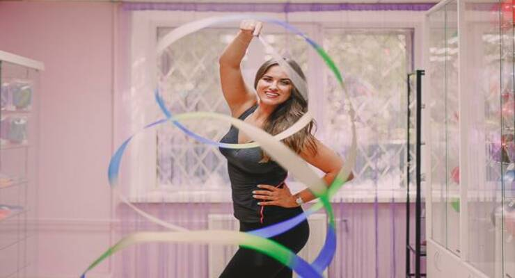 Фото к статье: 7 упражнений художественной гимнастики для взрослых