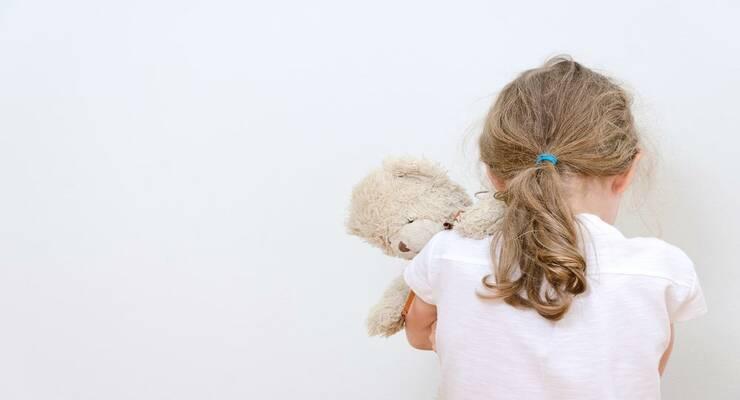 Фото к статье: Что делать, если малыш берет чужие вещи