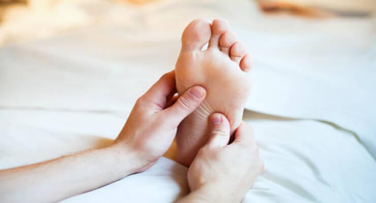 Фото к статье: Зимнее утро: как сделать эротический массаж стоп