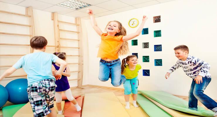Фото к статье: Уроки вприпрыжку для дошкольников. Как заниматься с очень активными детьми