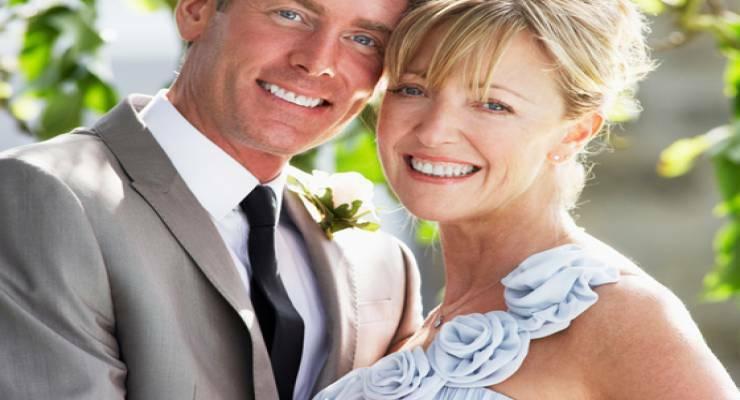Фото к статье: Свадьба после сорока: как создать образ невесты правильно