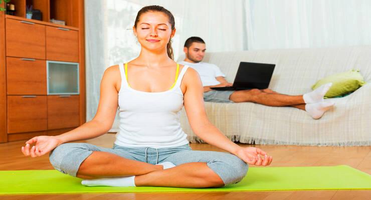 Фото к статье: Домашняя практика йоги: как самостоятельно составить комплекс