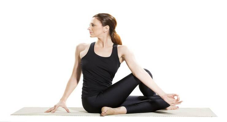 Фото к статье: Вздутие живота: какие асаны йоги облегчат ситуацию