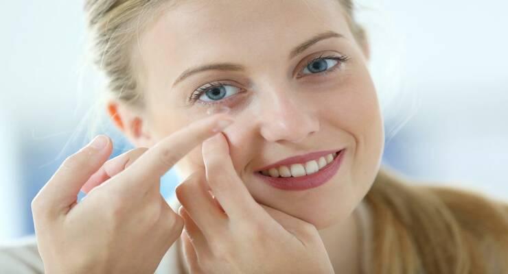 Фото к статье: 5 опасных ошибок при ношении контактных линз