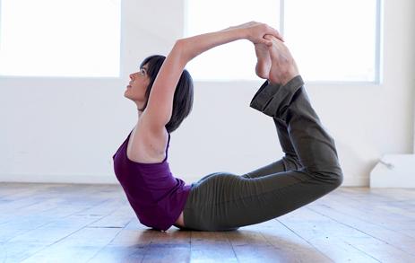 Фото к статье: Йога для начинающих: освоение прогибов с Инной Видгоф (ФОТО)