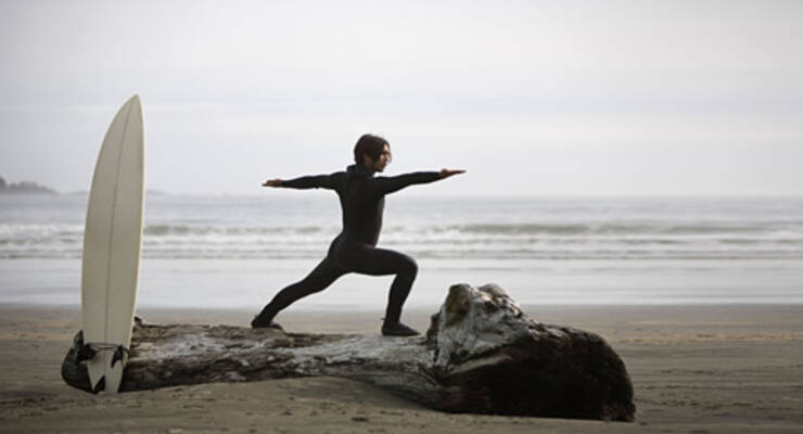 Фото к статье: Йога для серферов: просто добавь воды