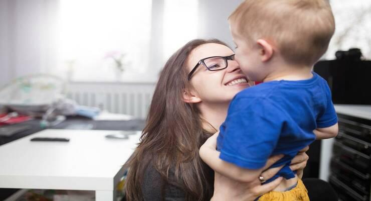 Фото к статье: Ребенок и карьера: как их совместить