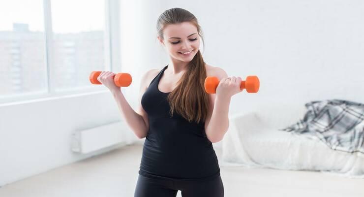 Фото к статье: Какие упражнения нельзя делать при остеопорозе?